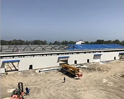 install-the-steel-structure-warehouse-roof